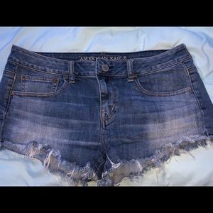 American Eagle shortie frayed jean shorts